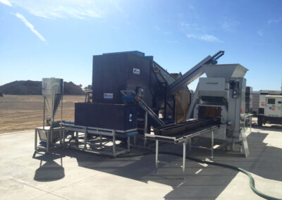 CM200 with pallet infeed